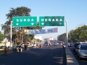 Jalan Surga-Neraka