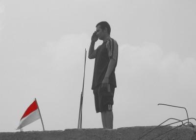 di atas bendera revolusi